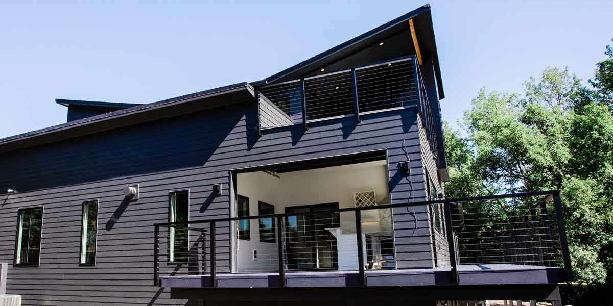 Exterior of a Modern Luxury Custom Home by Mike Riddle Construction