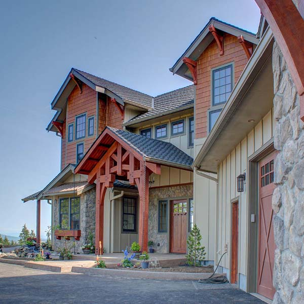 Exterior of Northwest Lodge by Mike Riddle Construction