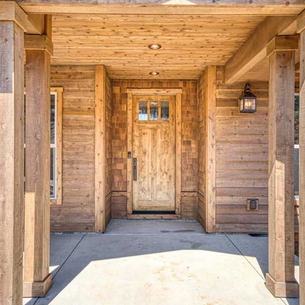 Exterior of Rustic Chic by Mike Riddle Construction